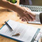 賃貸物件の連帯保証人は友人に頼めますか?条件や友達に頼むリスクを教えて!