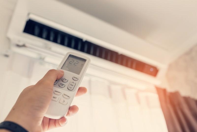 一人暮らしの光熱費ってどのくらい?平均相場と節約術を教えて!