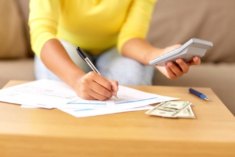 一人暮らしの生活費について教えて!毎月かかる費用ってどのくらい?