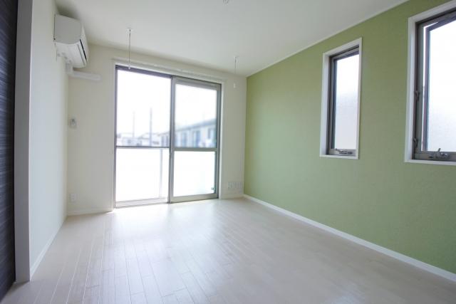 家具を置く前の部屋