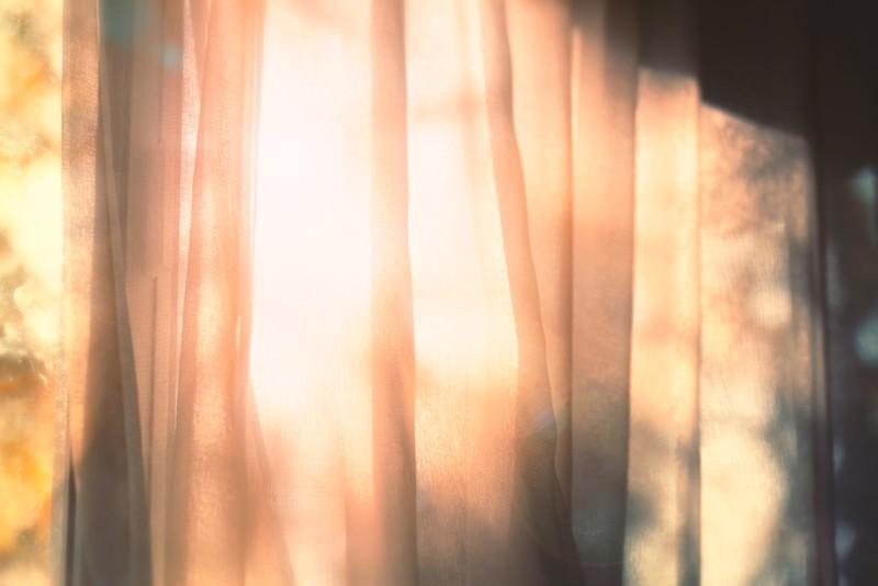 光量を調節するイメージ