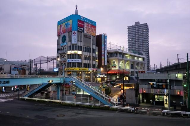 王子駅前の画像