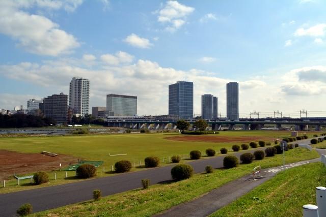二子玉川駅:多摩川と駅のイメージ